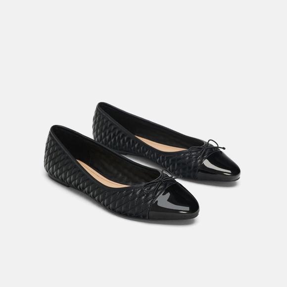 2300cbb5cf757 NWT Zara Size 7.5 EU 38 Quilted Contrast Tip Flats